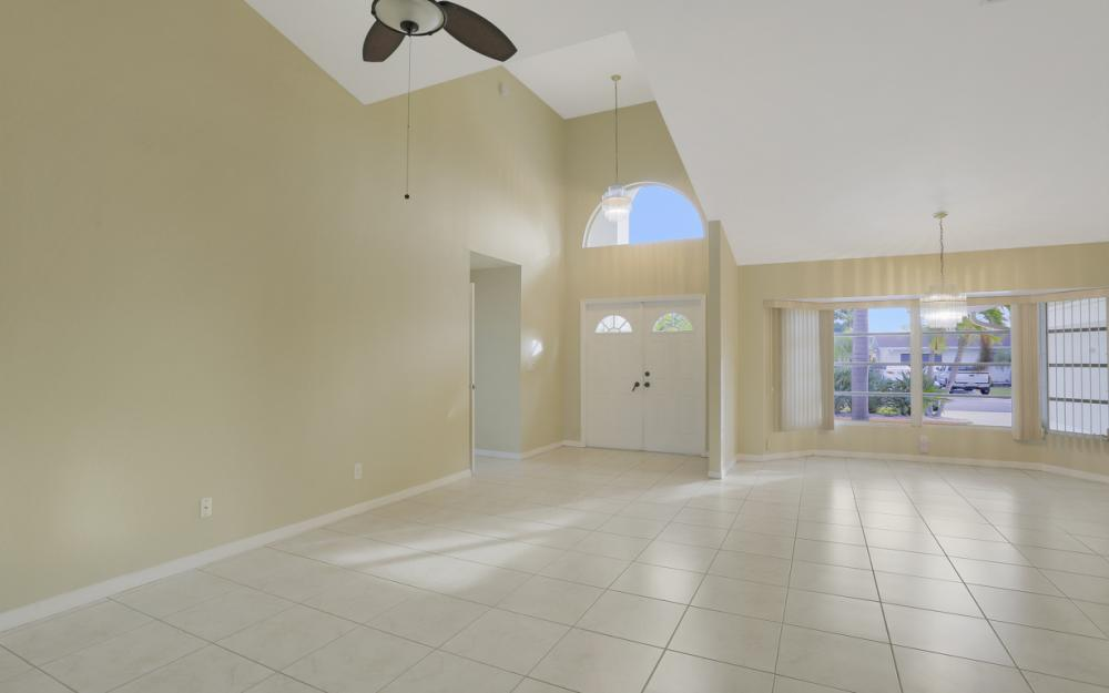 4810 Triton Ct W, Cape Coral - Home For Sale 1255392960