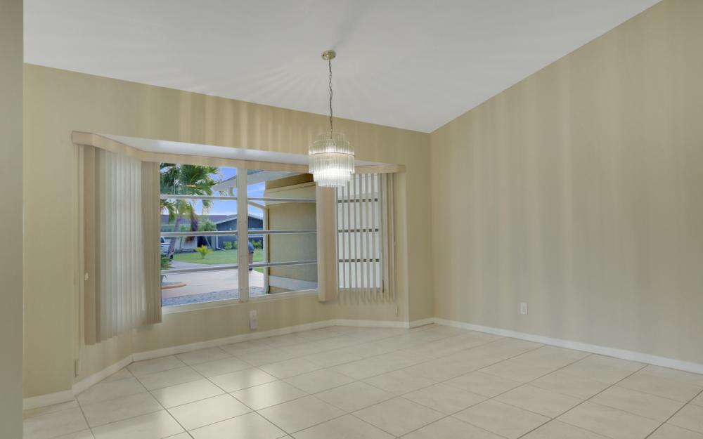 4810 Triton Ct W, Cape Coral - Home For Sale 994642160