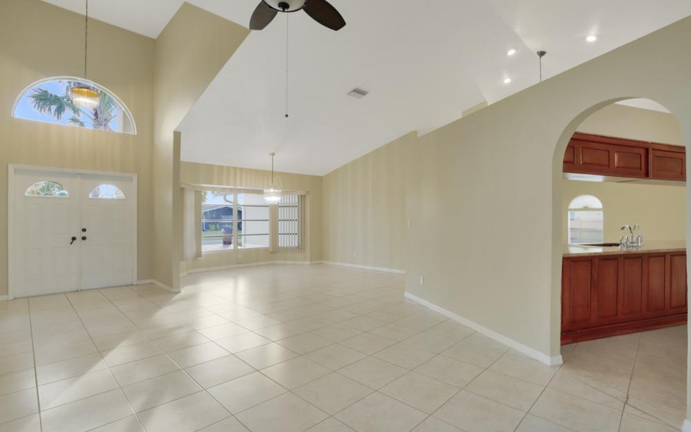 4810 Triton Ct W, Cape Coral - Home For Sale 875742247