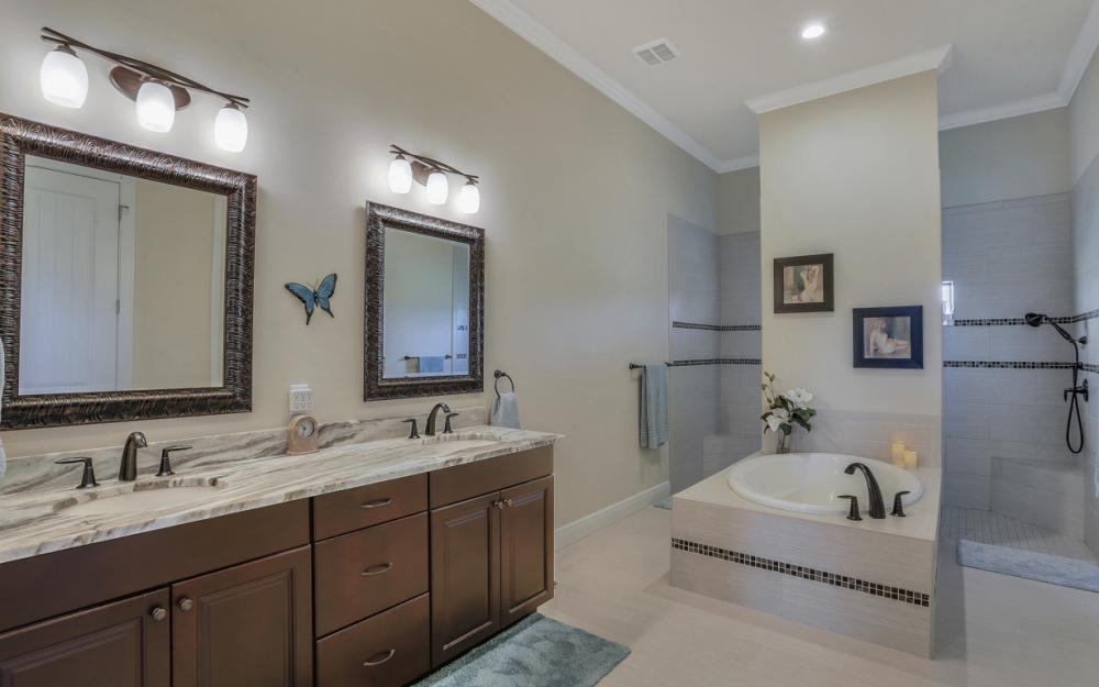 12472 Limeston Ct, Fort Myers - Home For Sale 223773303