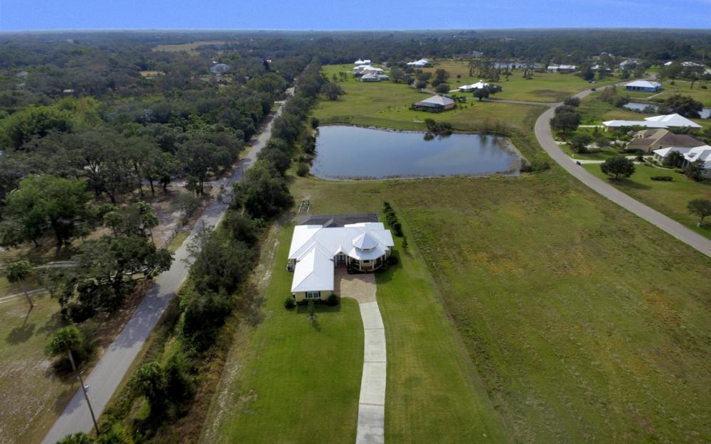 12472 Limeston Ct, Fort Myers - Home For Sale 1088716135