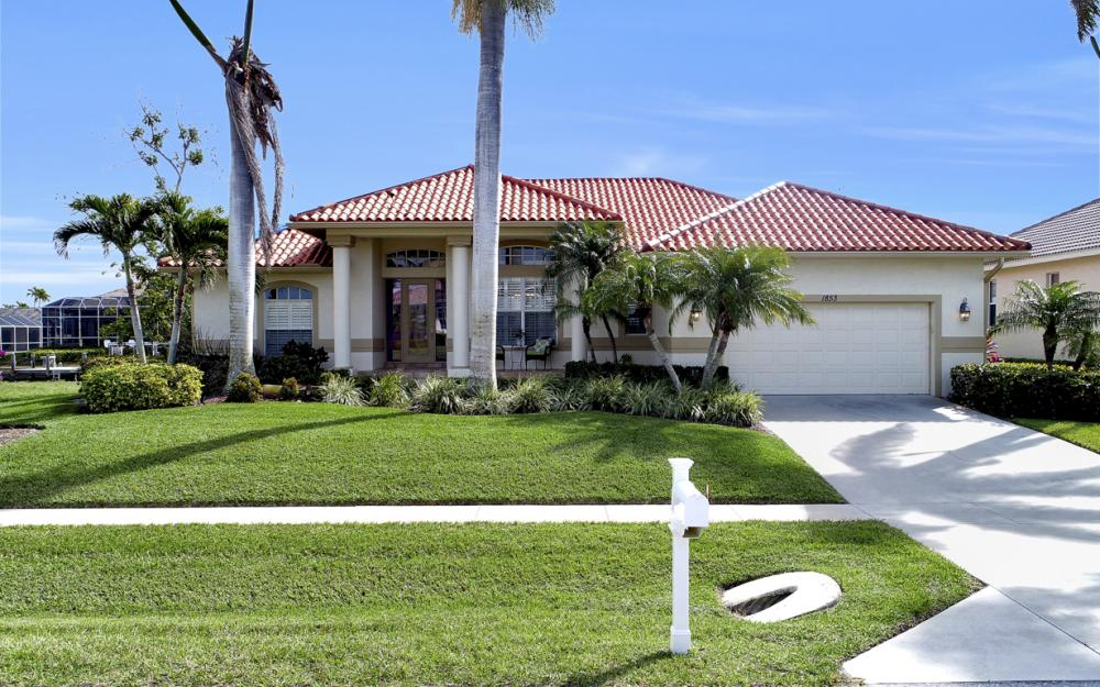1853 Apataky Ct, Marco Island - Home For Sale 289226779