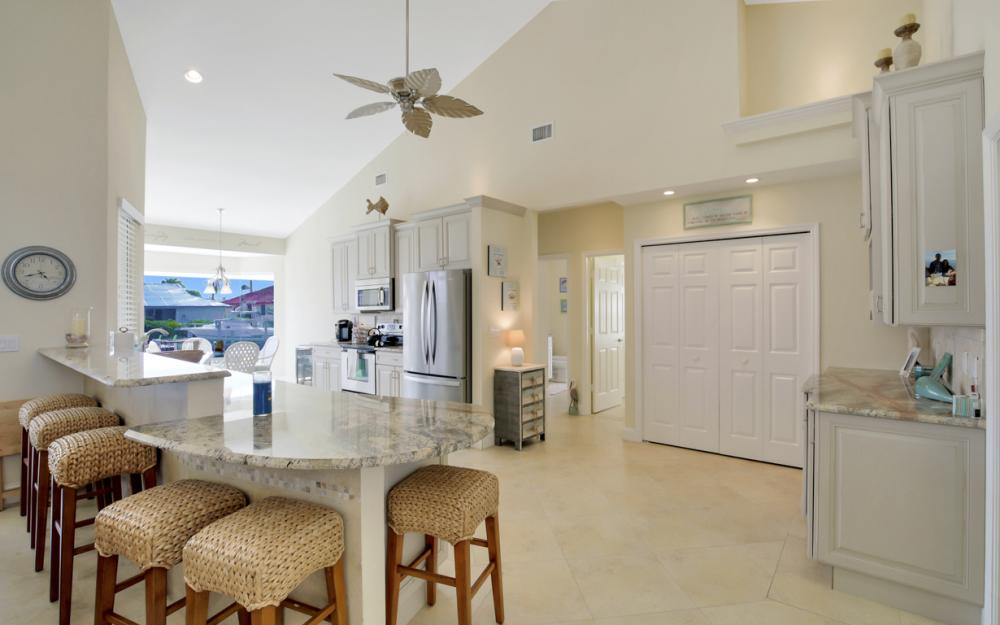 1853 Apataky Ct, Marco Island - Home For Sale 387550542