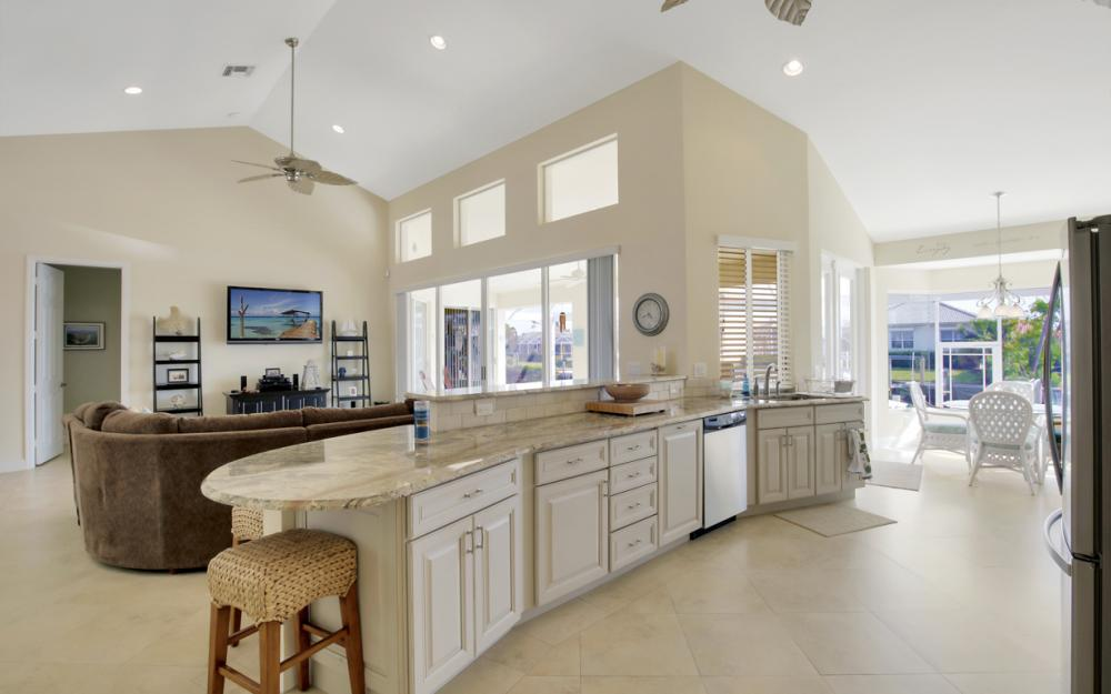 1853 Apataky Ct, Marco Island - Home For Sale 1699800281