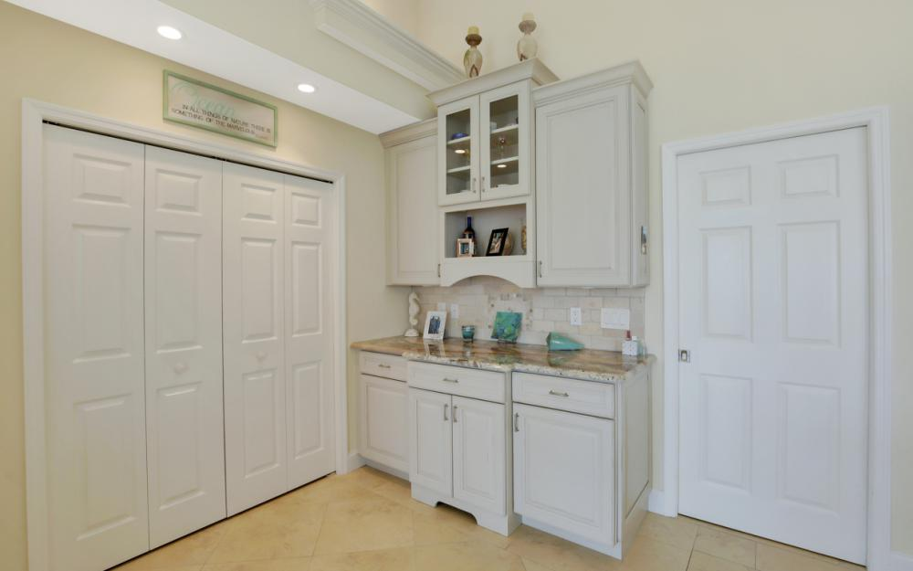 1853 Apataky Ct, Marco Island - Home For Sale 523894324