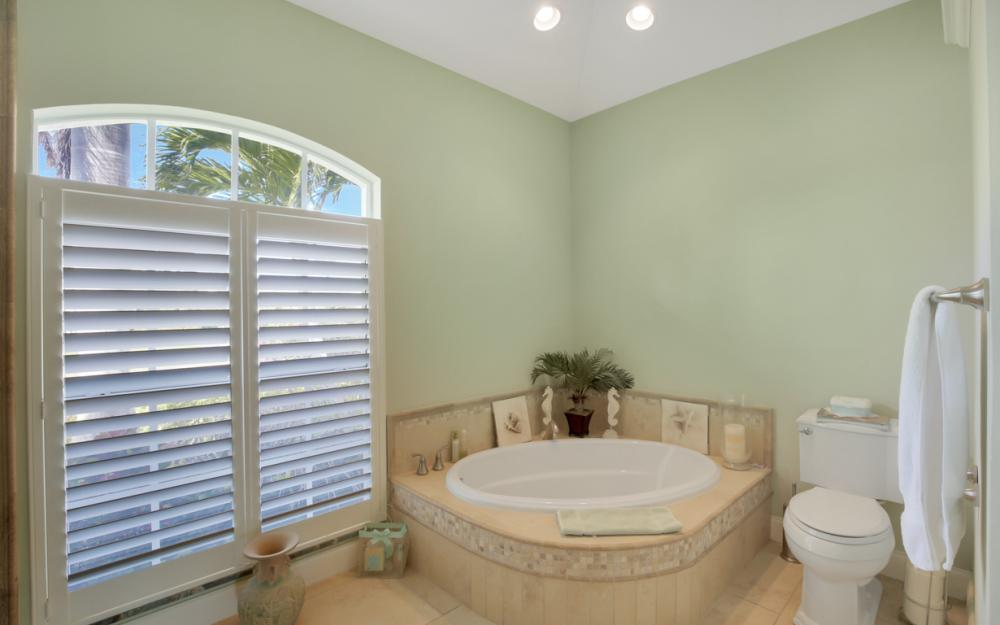 1853 Apataky Ct, Marco Island - Home For Sale 340530448
