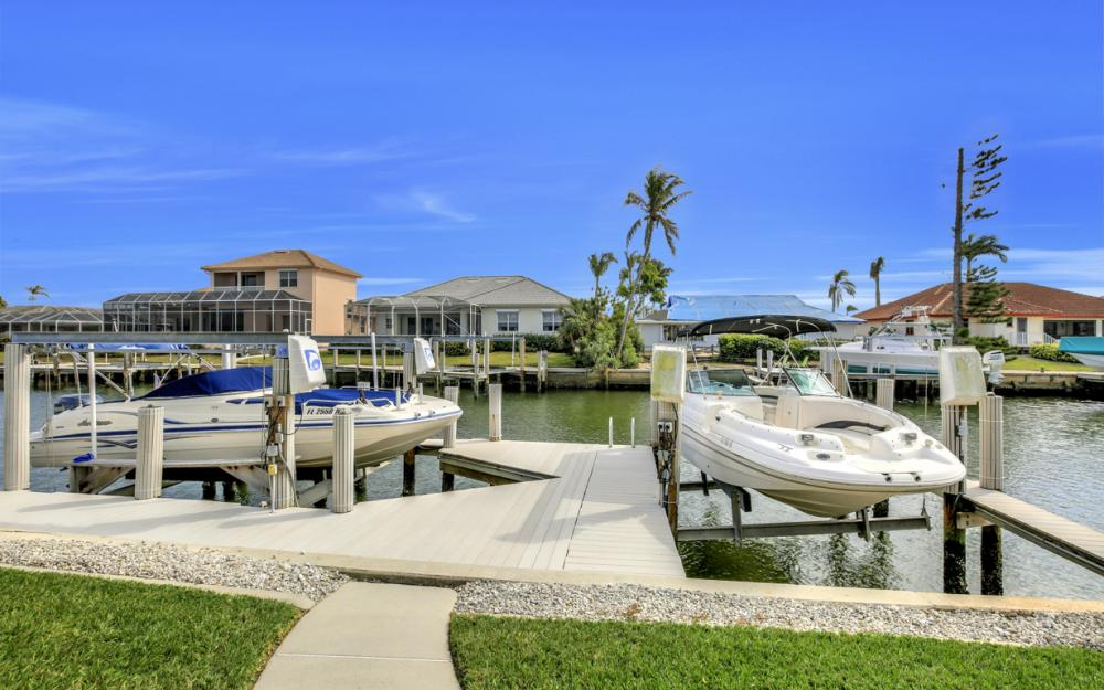 1853 Apataky Ct, Marco Island - Home For Sale 1483175687