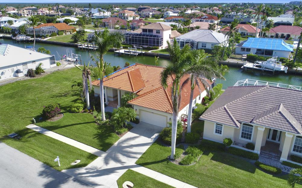 1853 Apataky Ct, Marco Island - Home For Sale 578523687