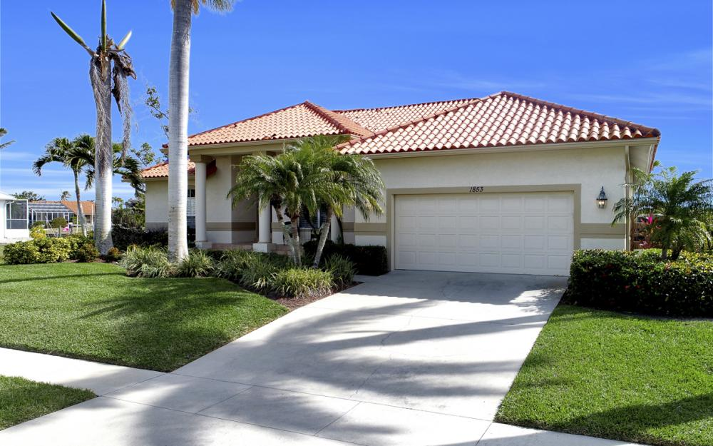 1853 Apataky Ct, Marco Island - Home For Sale 301107538
