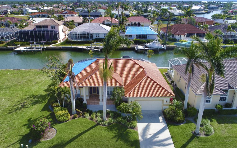 1853 Apataky Ct, Marco Island - Home For Sale 1808310294
