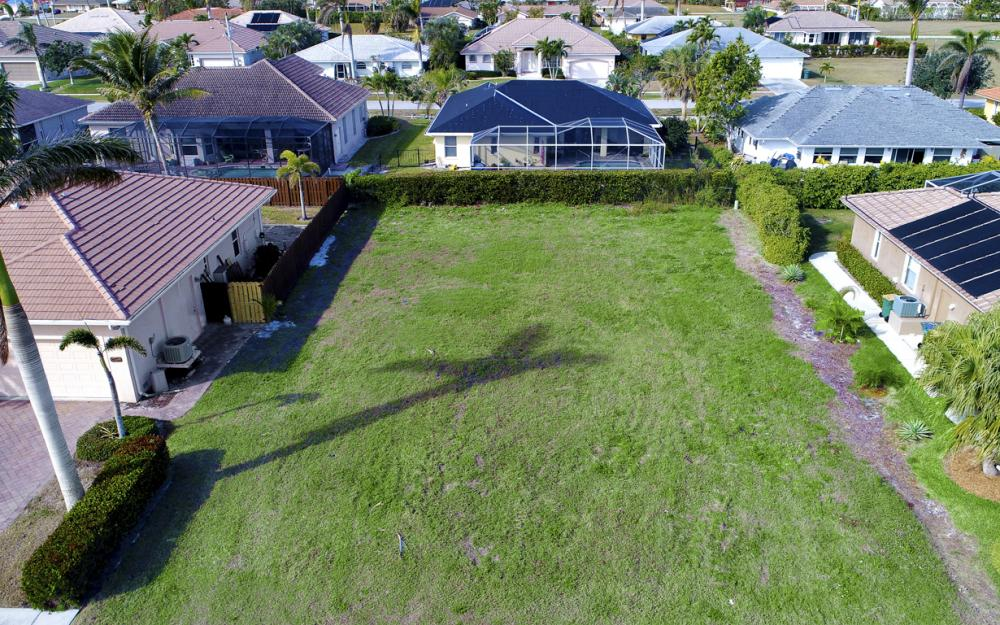 350 Hazelcrest St, Marco Island - Lot For Sale 1311248162