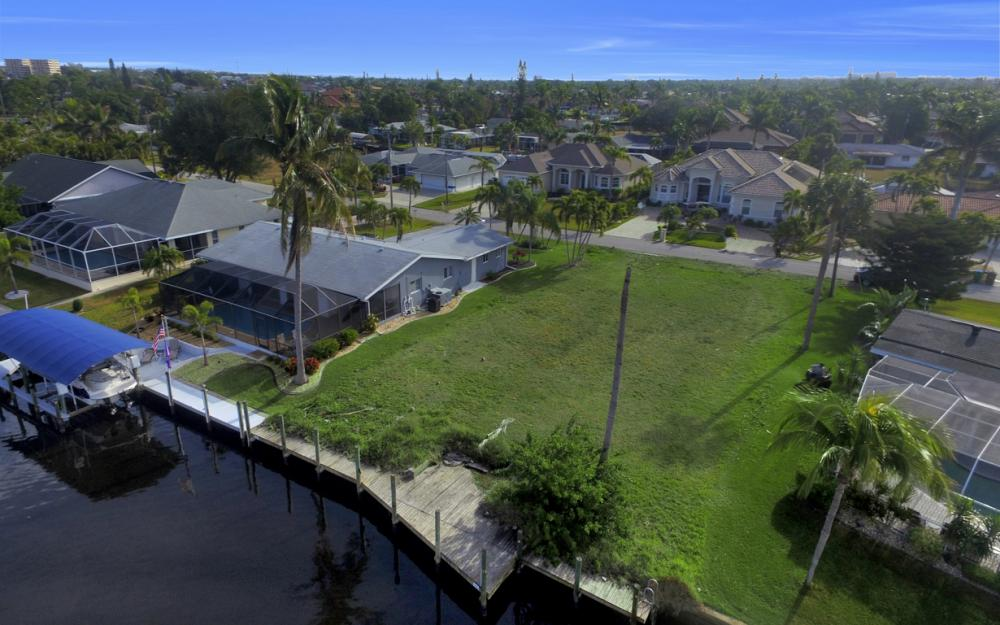 5042 Saxony Ct, Cape Coral - Lot For Sale 1922192204