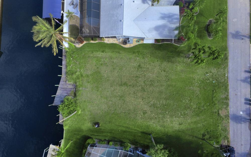 5042 Saxony Ct, Cape Coral - Lot For Sale 1098198336