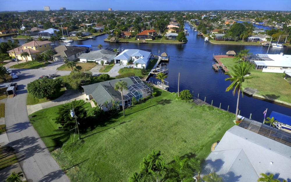 5042 Saxony Ct, Cape Coral - Lot For Sale 930616143