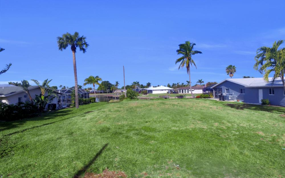 5042 Saxony Ct, Cape Coral - Lot For Sale 891306050