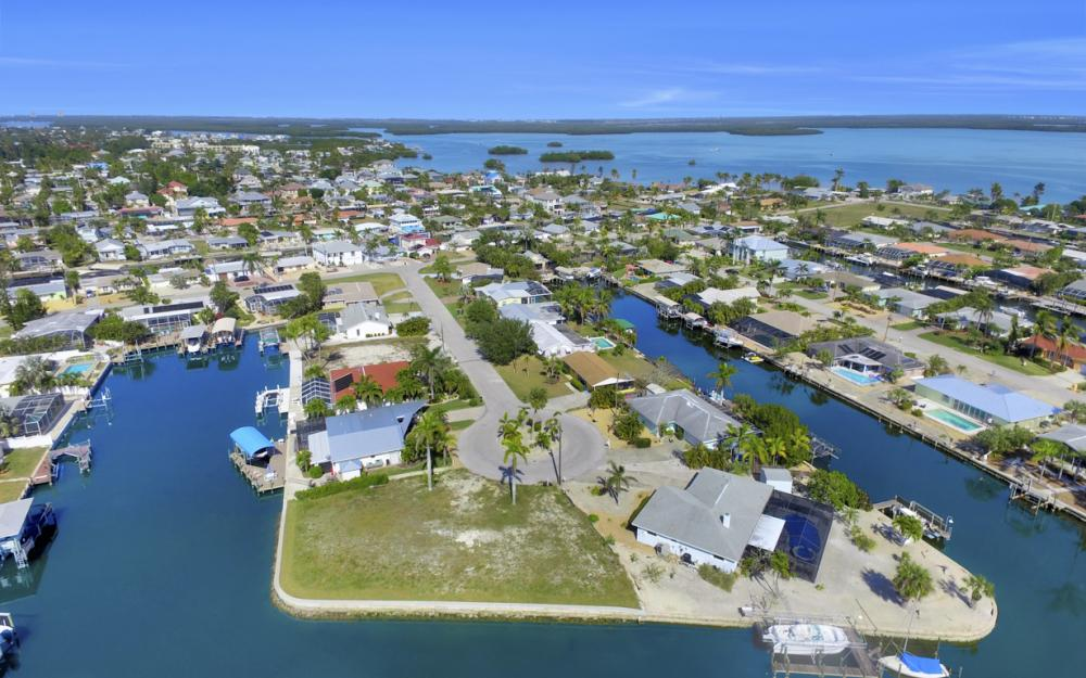 12 Clearview Blvd, Fort Myers Beach - Lot For Sale 1361322002