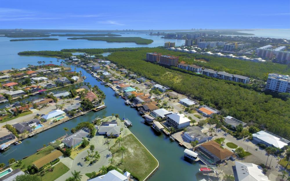 12 Clearview Blvd, Fort Myers Beach - Lot For Sale 1044187158