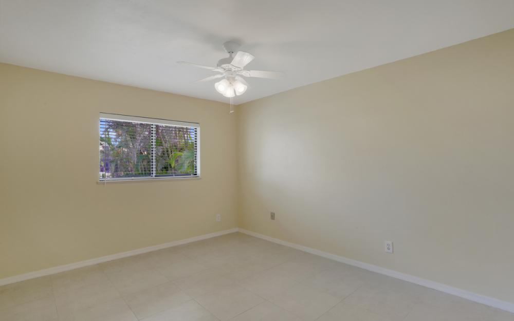 451 Barcelona Ct, Marco Island - House For Sale 1623056556