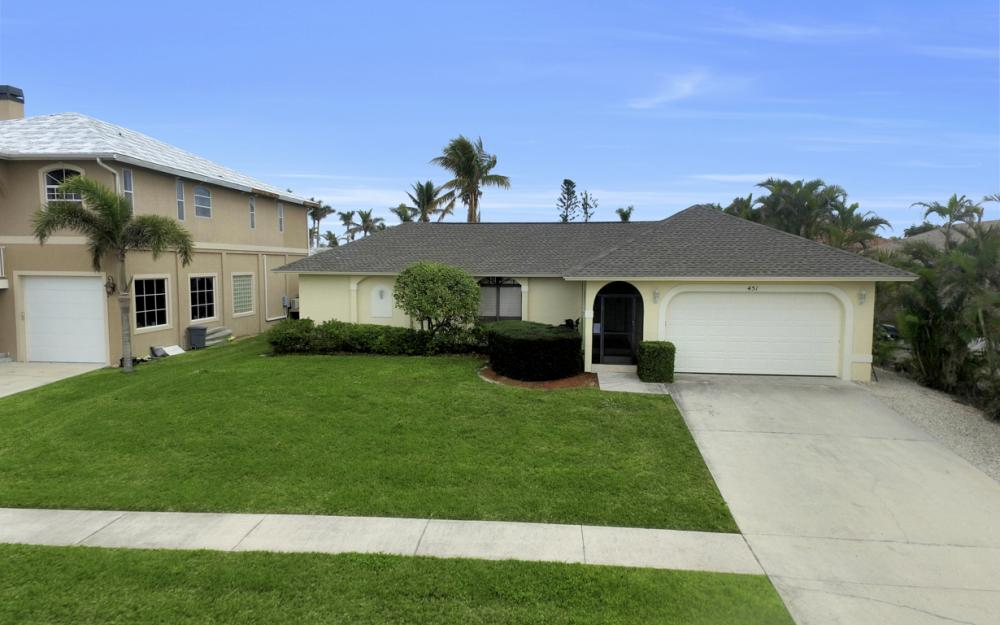 451 Barcelona Ct, Marco Island - House For Sale 1031565445