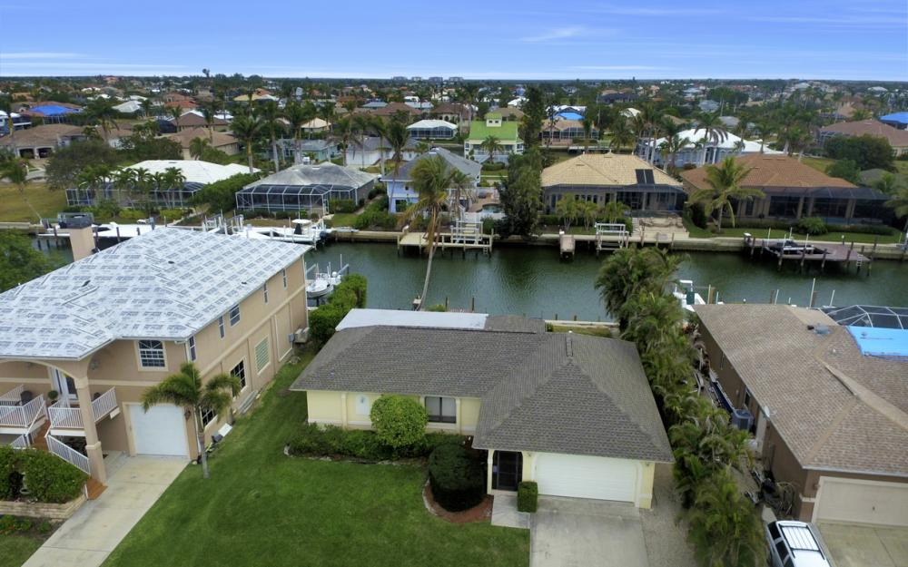 451 Barcelona Ct, Marco Island - House For Sale 933530857
