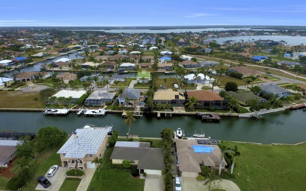 451 Barcelona Ct, Marco Island - House For Sale 405659425