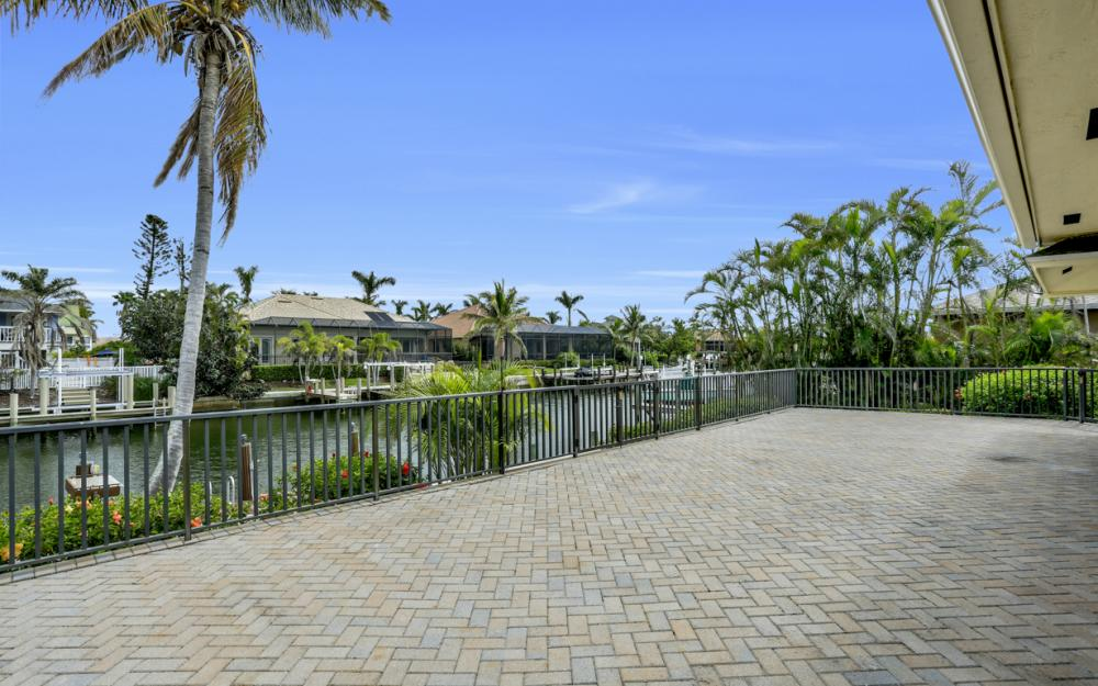 451 Barcelona Ct, Marco Island - House For Sale 1740658056