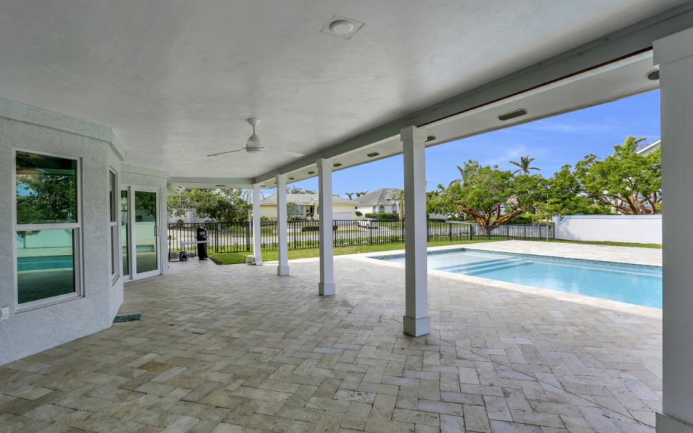 601 Hernando Dr, Marco Island - Home For Sale 313358033