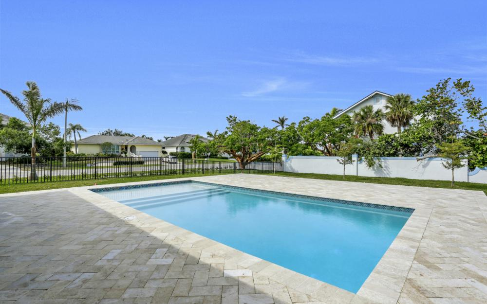 601 Hernando Dr, Marco Island - Home For Sale 571173500