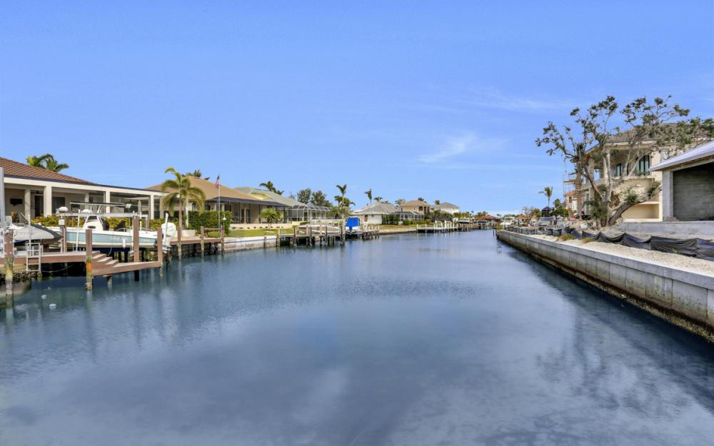 601 Hernando Dr, Marco Island - Home For Sale 204401260