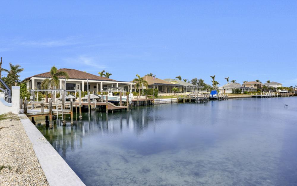 601 Hernando Dr, Marco Island - Home For Sale 1793935770