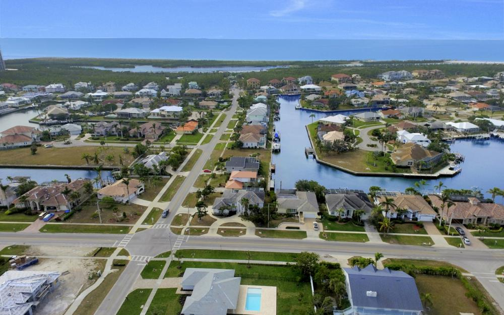 601 Hernando Dr, Marco Island - Home For Sale 1439410861