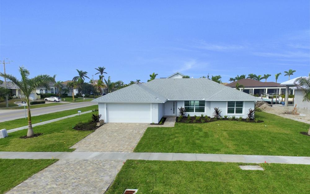 601 Hernando Dr, Marco Island - Home For Sale 1788496902