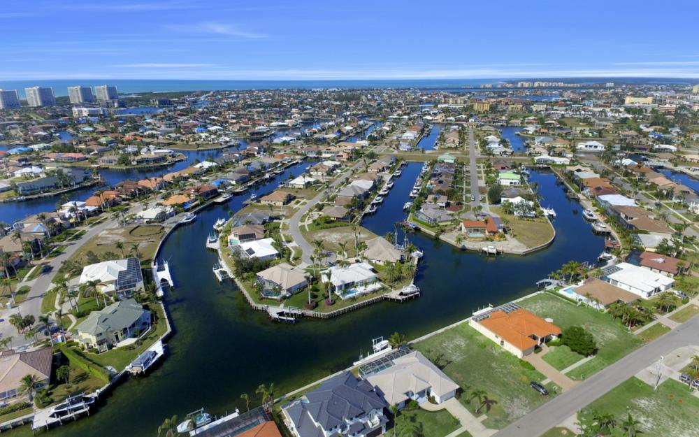 268 Capistrano Ct, Marco Island - Home For Sale 2135036825