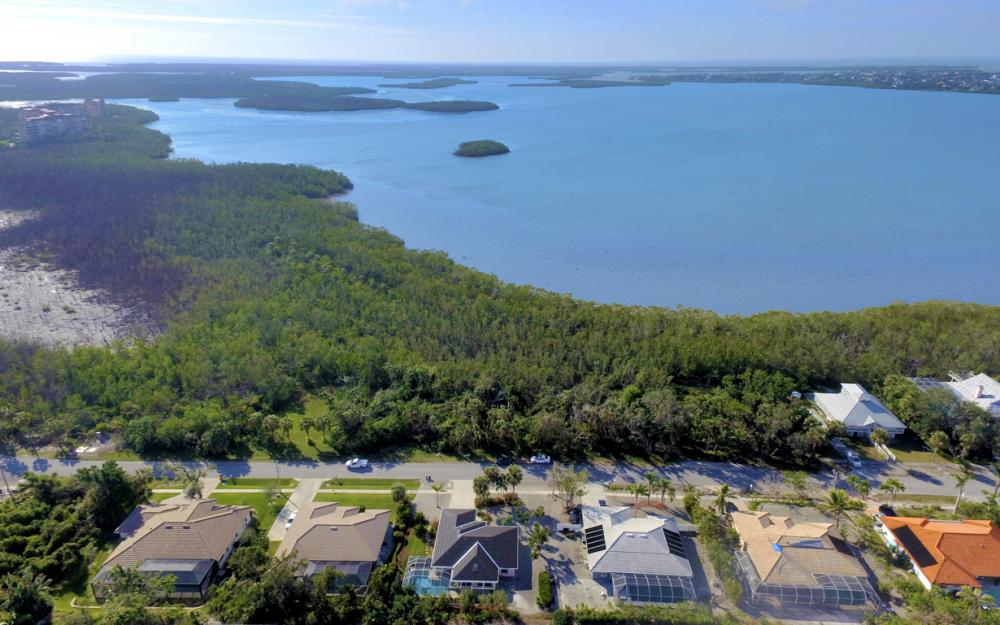 2020 Sheffield Ave, Marco Island - Home For Sale 472569311