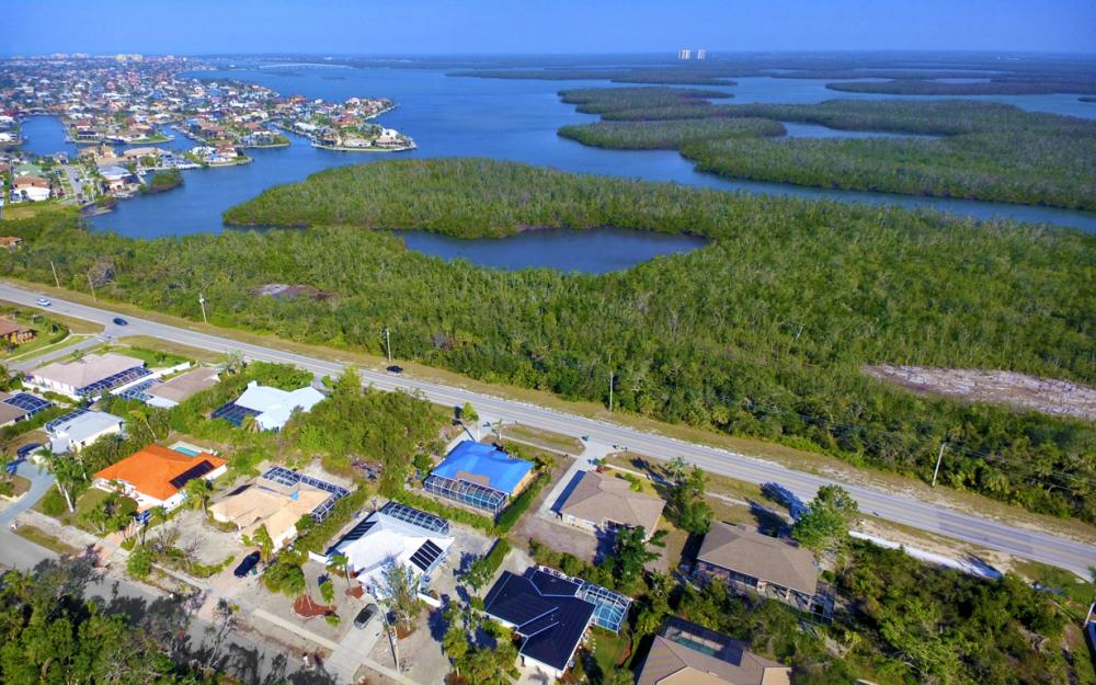 2020 Sheffield Ave, Marco Island - Home For Sale 302584530