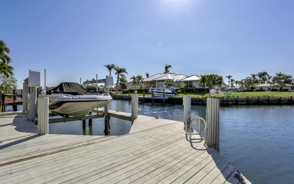 1471 Galleon Ave, Marco Island - Home For Sale 759430115