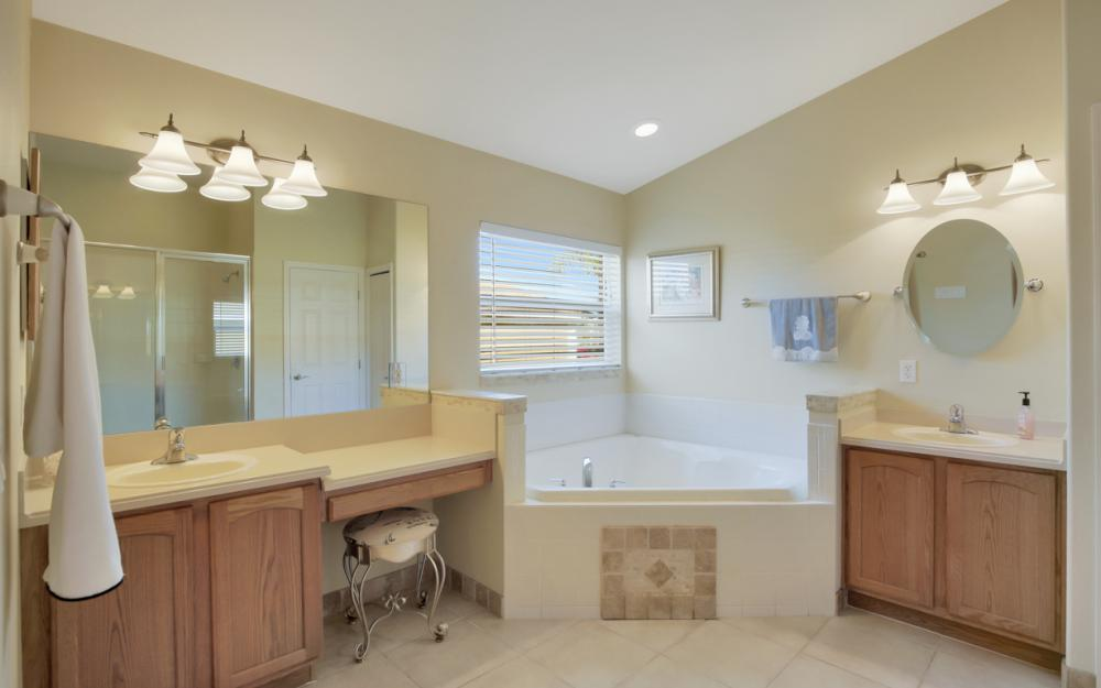 2704 NW 45th Pl, Cape Coral - Home For Sale 1850321483