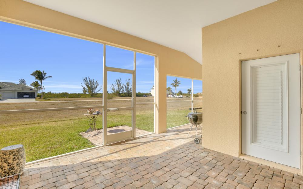 2704 NW 45th Pl, Cape Coral - Home For Sale 993043914