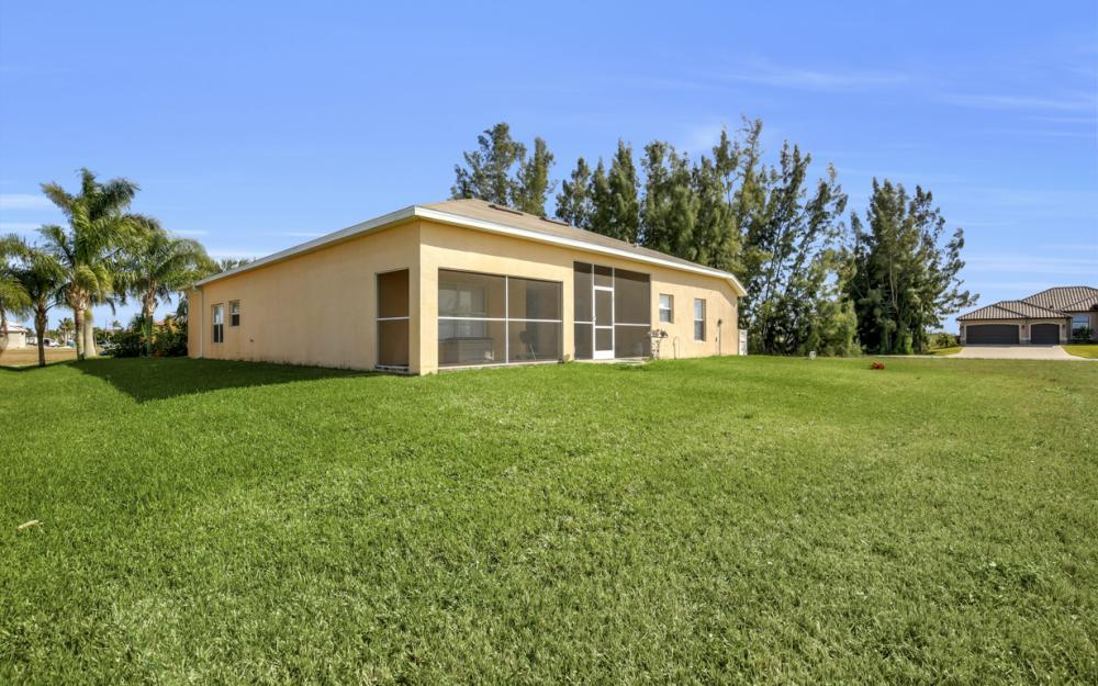 2704 NW 45th Pl, Cape Coral - Home For Sale 1637807040