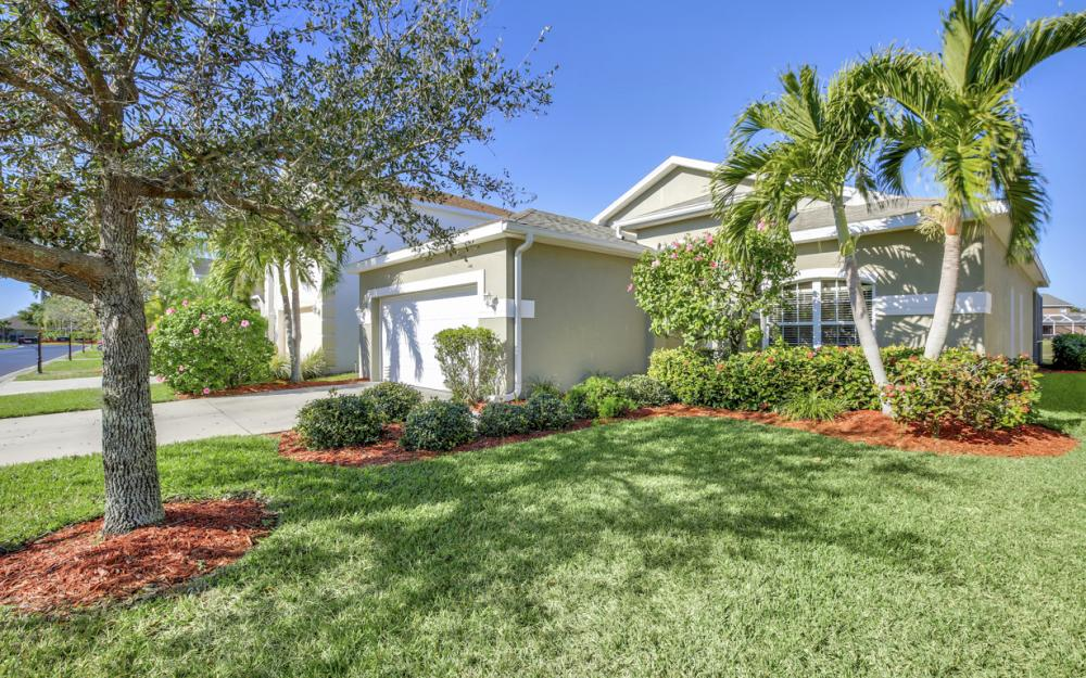 9009 Falcon Pointe Loop, Fort Myers, FL 33912 2121677332