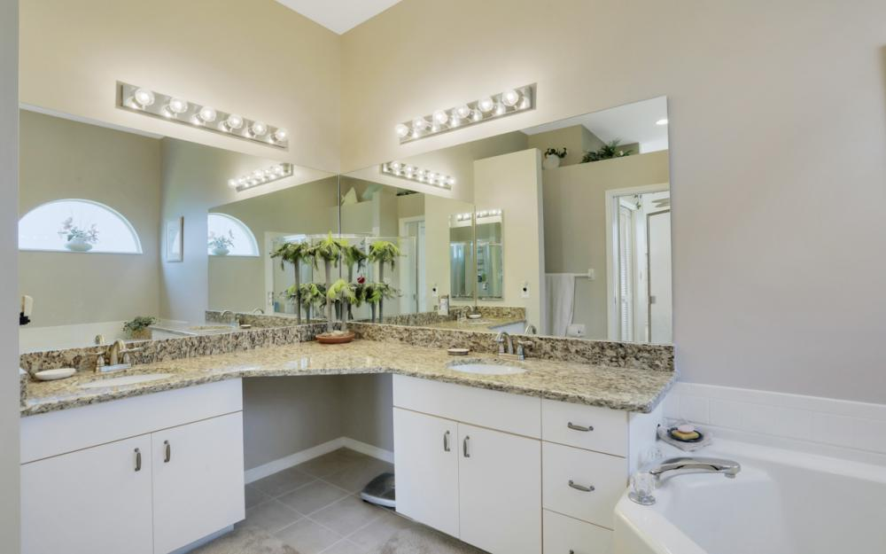 25141 Bay Cedar Dr, Bonita Springs - Home For Sale 99193921