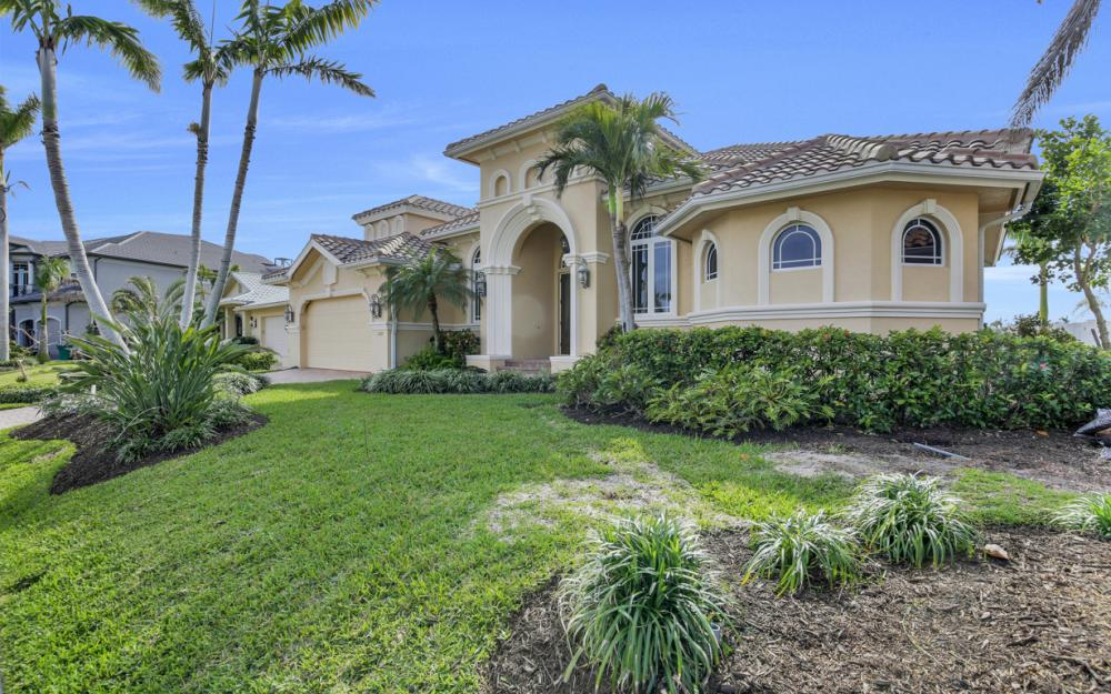 1219 Treasure Ct, Marco Island - Home For Sale 156573253