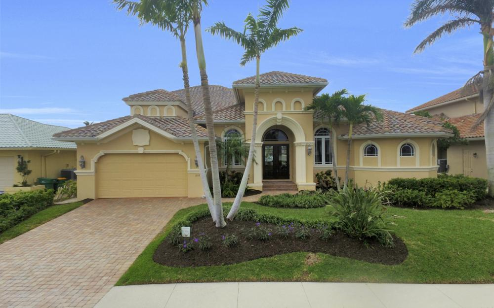 1219 Treasure Ct, Marco Island - Home For Sale 276472475