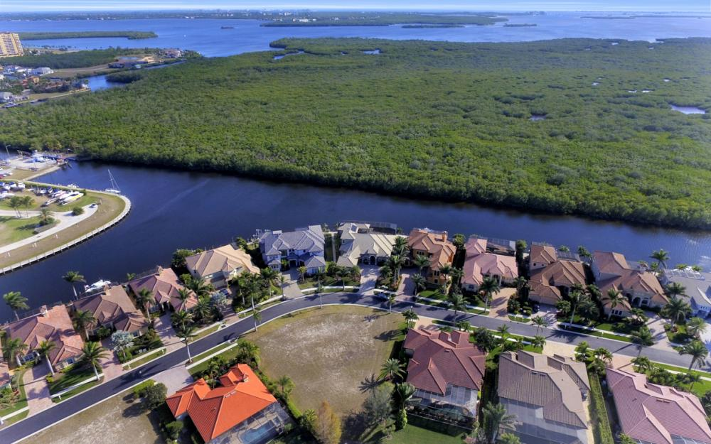 5814 Harbour Cir, Cape Coral - Lot For Sale 987437124
