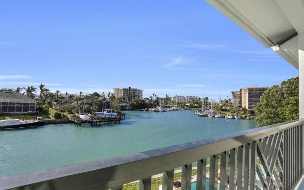 2222 Windward Way, Naples - Home For Sale 534626528