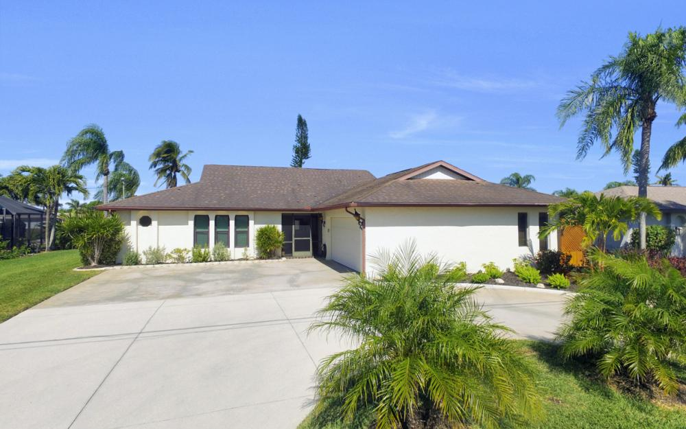 1123 SE 36th Ter, Cape Coral - Home For Sale 71347464