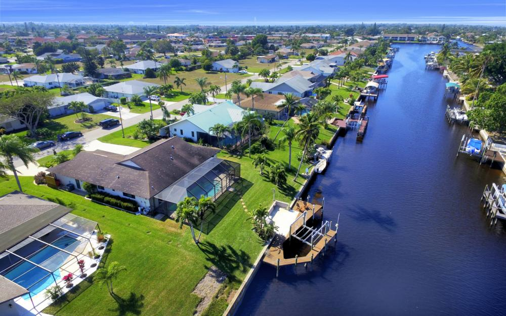 1123 SE 36th Ter, Cape Coral - Home For Sale 965267122