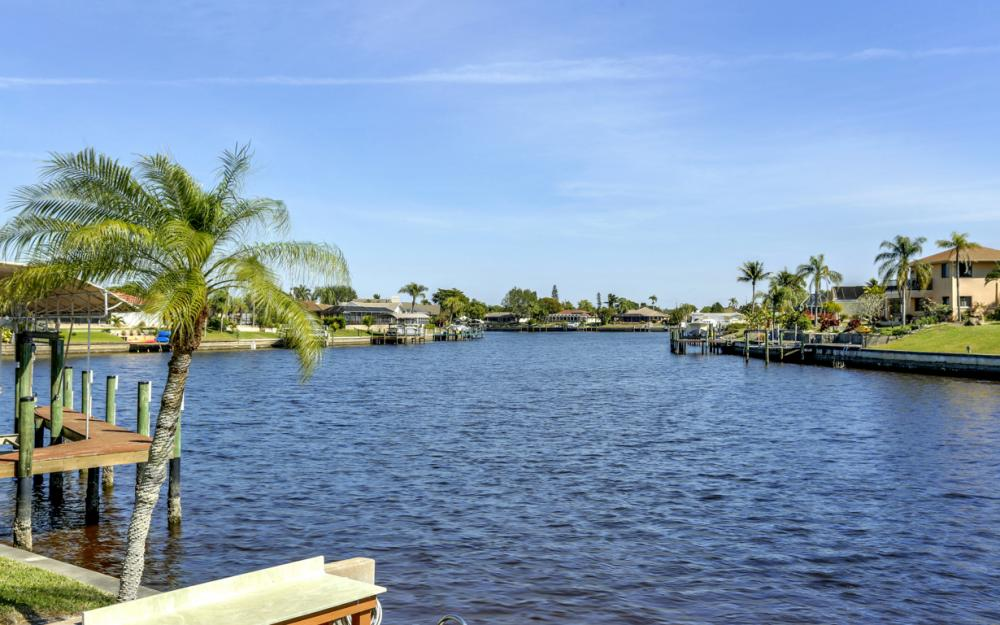 2809 SE 10th Ave, Cape Coral - Home For Sale 1939171888