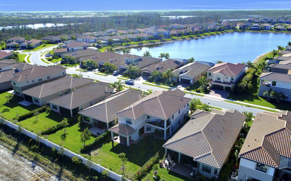 2874 Cinnamon Bay Cir, Naples - Home For Sale 699095491