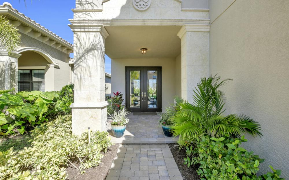 2874 Cinnamon Bay Cir, Naples - Home For Sale 1379701572